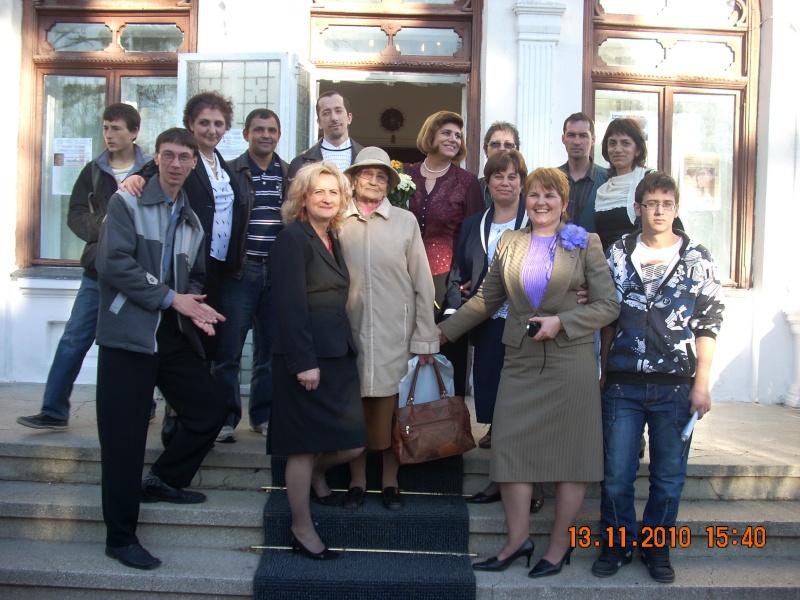 13 noiembrie 2010 -Sedinta a VII-a a Cenaclului U.P.-Lansare de carte-Vasilica Ilie-Fereastra de la Răsăritul Cuvântului Cenac165