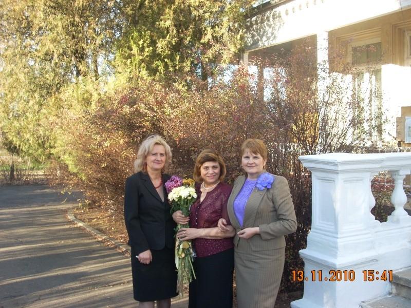 13 noiembrie 2010 -Sedinta a VII-a a Cenaclului U.P.-Lansare de carte-Vasilica Ilie-Fereastra de la Răsăritul Cuvântului Cenac169