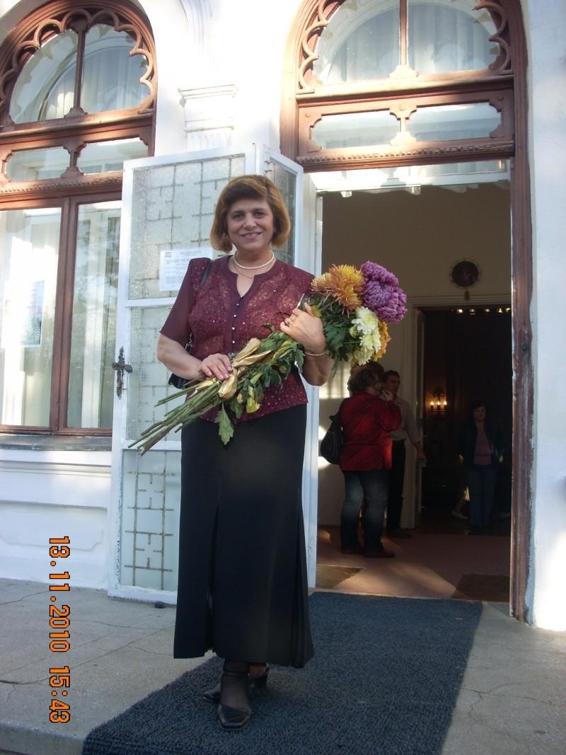 13 noiembrie 2010 -Sedinta a VII-a a Cenaclului U.P.-Lansare de carte-Vasilica Ilie-Fereastra de la Răsăritul Cuvântului Cenac173
