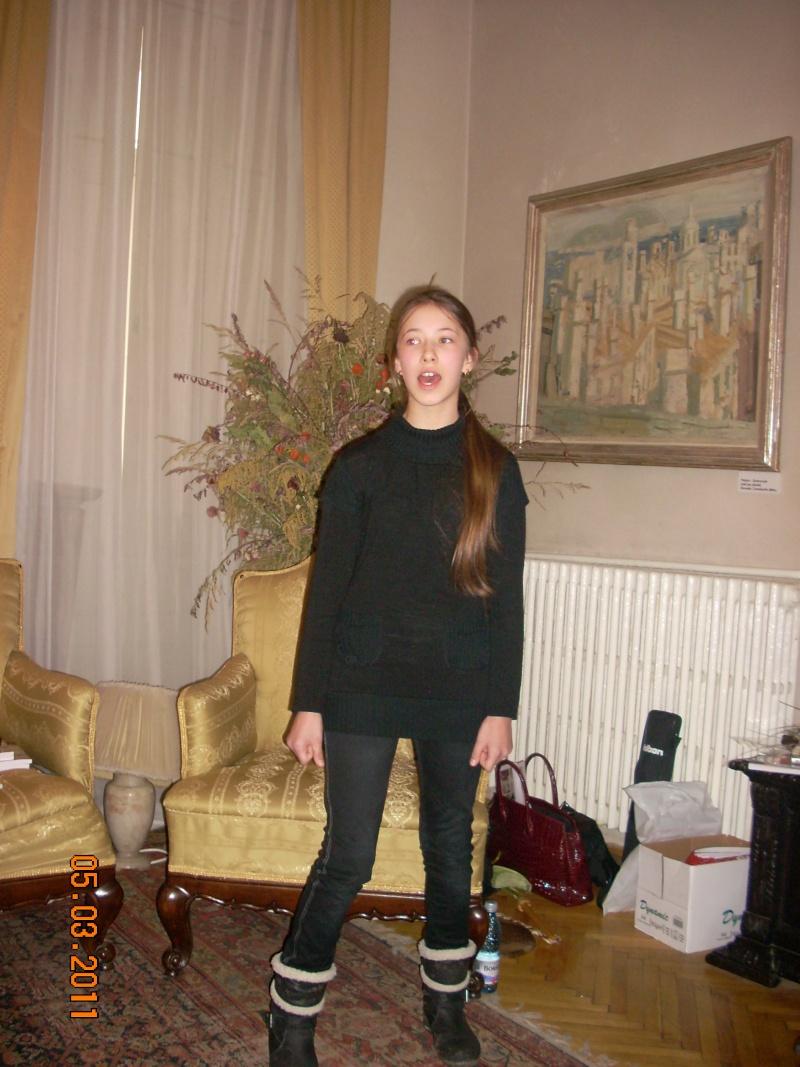"""5 Martie 2011-Sedinta a-XI-a a Cenaclului U.P.-Lansare de carte-""""Stau la poarta viselor""""-de Silvia V. Gurău Cenac197"""