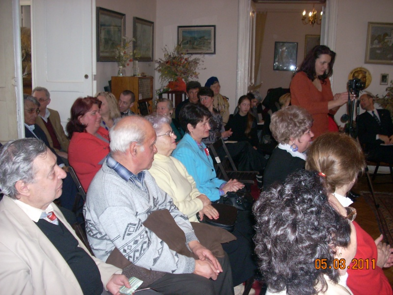 """5 Martie 2011-Sedinta a-XI-a a Cenaclului U.P.-Lansare de carte-""""Stau la poarta viselor""""-de Silvia V. Gurău Cenac207"""