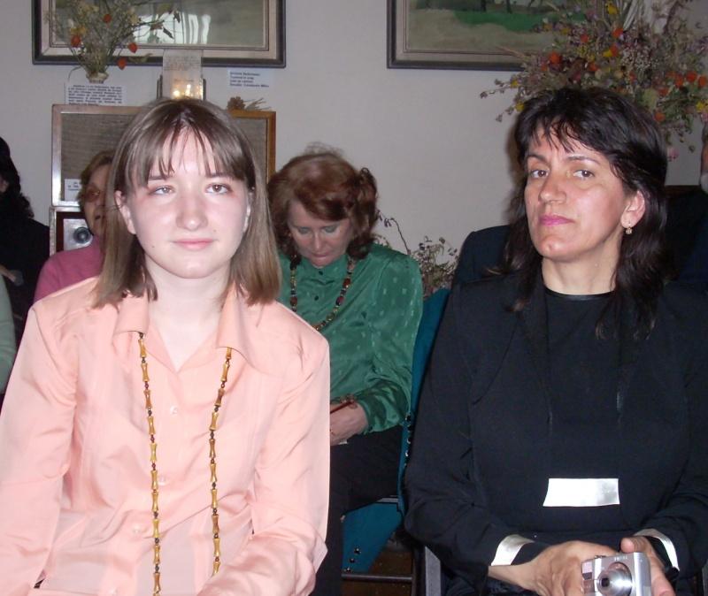 09 aprilie 2011-Sedinta A XII-a Cenaclului U.P-Lansari de carte-Dorina Neculce (Ciocan) si Aurel Avram Stanescu Cenac255