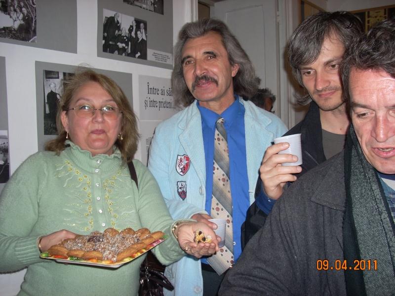 09 aprilie 2011-Sedinta A XII-a Cenaclului U.P-Lansari de carte-Dorina Neculce (Ciocan) si Aurel Avram Stanescu Cenac297