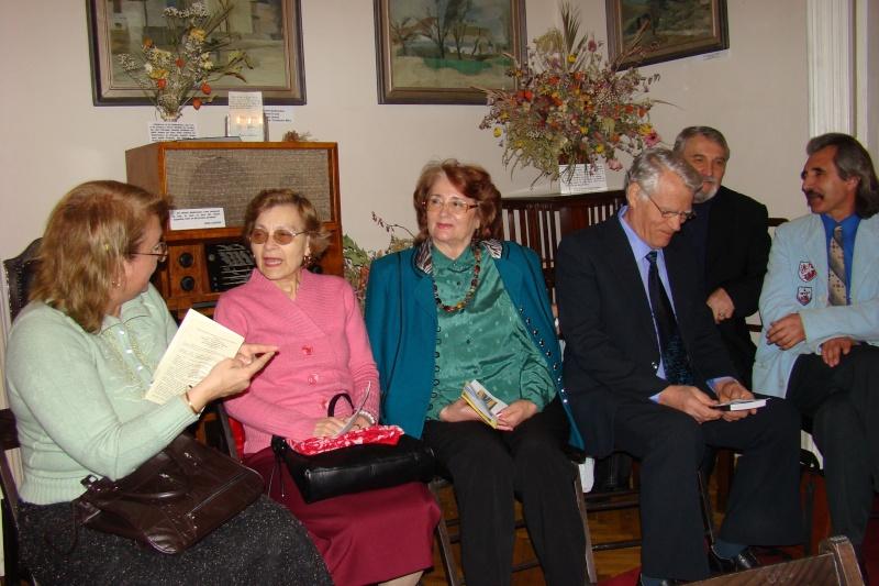 09 aprilie 2011-Sedinta A XII-a Cenaclului U.P-Lansari de carte-Dorina Neculce (Ciocan) si Aurel Avram Stanescu Cenac305