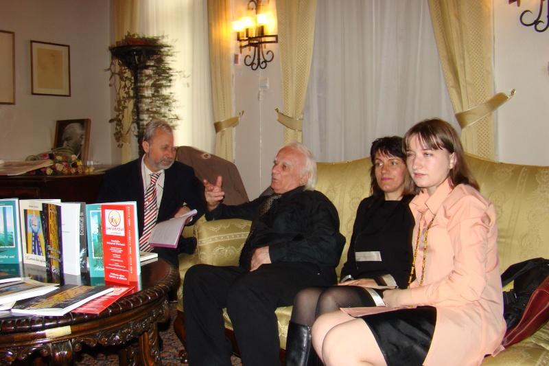 09 aprilie 2011-Sedinta A XII-a Cenaclului U.P-Lansari de carte-Dorina Neculce (Ciocan) si Aurel Avram Stanescu Cenac306
