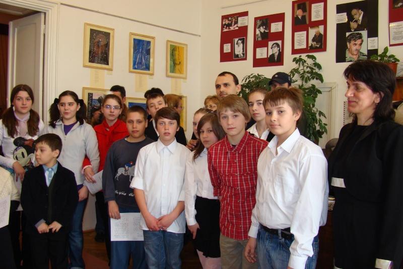 09 aprilie 2011-Sedinta A XII-a Cenaclului U.P-Lansari de carte-Dorina Neculce (Ciocan) si Aurel Avram Stanescu Cenac308