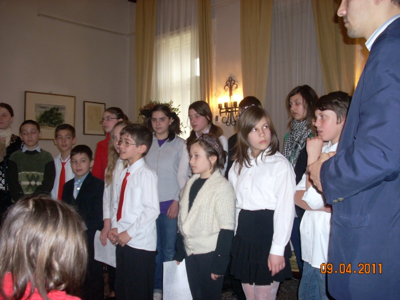 09 aprilie 2011-Sedinta A XII-a Cenaclului U.P-Lansari de carte-Dorina Neculce (Ciocan) si Aurel Avram Stanescu Cenac309