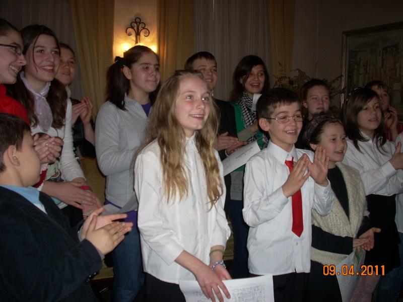 09 aprilie 2011-Sedinta A XII-a Cenaclului U.P-Lansari de carte-Dorina Neculce (Ciocan) si Aurel Avram Stanescu Cenac310