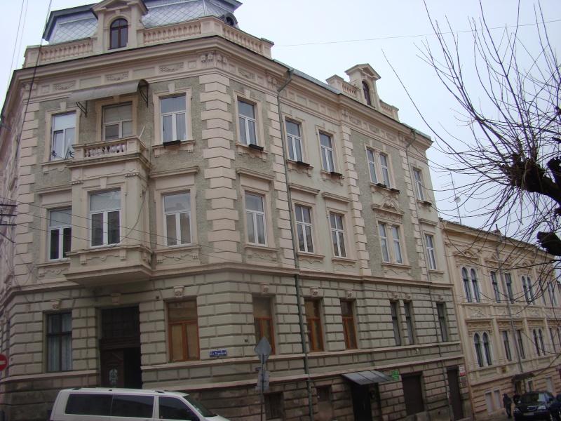 Cernăuţi sau Mica Vienă Cernau35