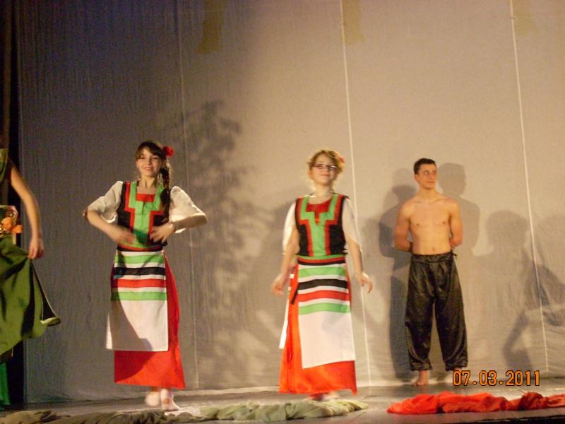 5-13 martie 2011-Varietăţi de Mărţişor la Ateneul Tătăraşi Coconi31