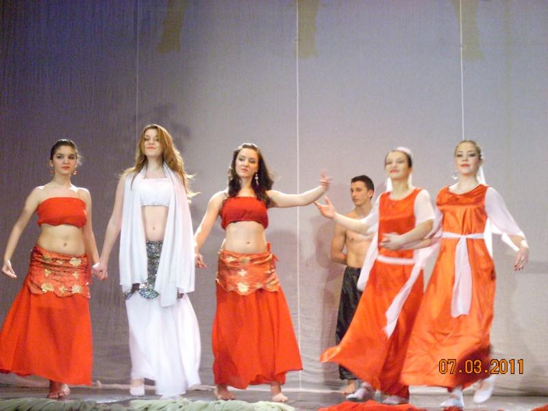 5-13 martie 2011-Varietăţi de Mărţişor la Ateneul Tătăraşi Coconi32