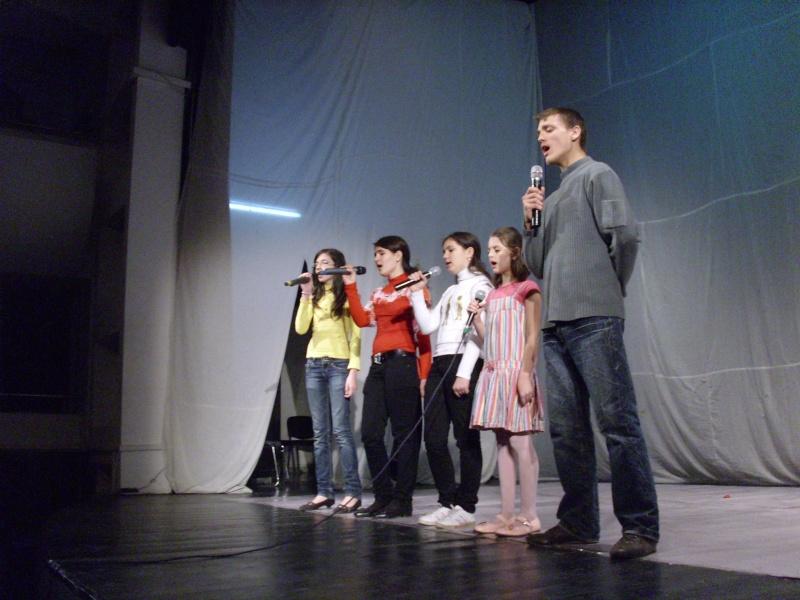De Florii  28 martie 2010-Varietati la Ateneu Florii10