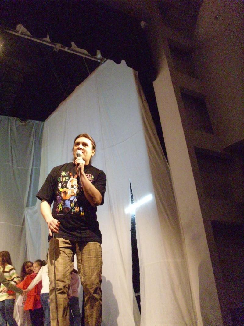 De Florii  28 martie 2010-Varietati la Ateneu Florii15