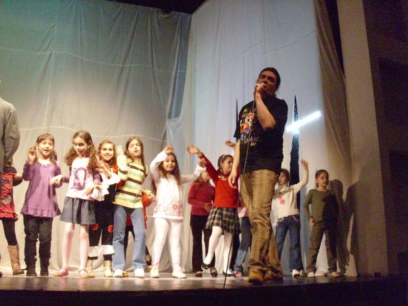 De Florii  28 martie 2010-Varietati la Ateneu Florii16