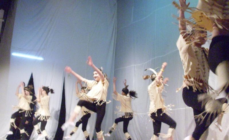 De Florii  28 martie 2010-Varietati la Ateneu Florii28