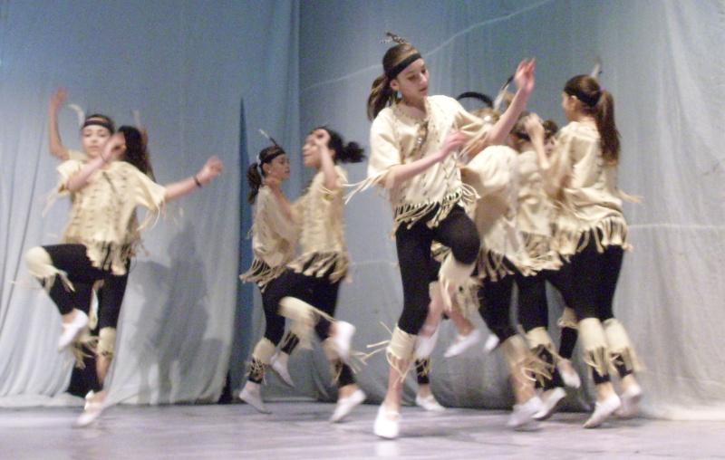 De Florii  28 martie 2010-Varietati la Ateneu Florii32
