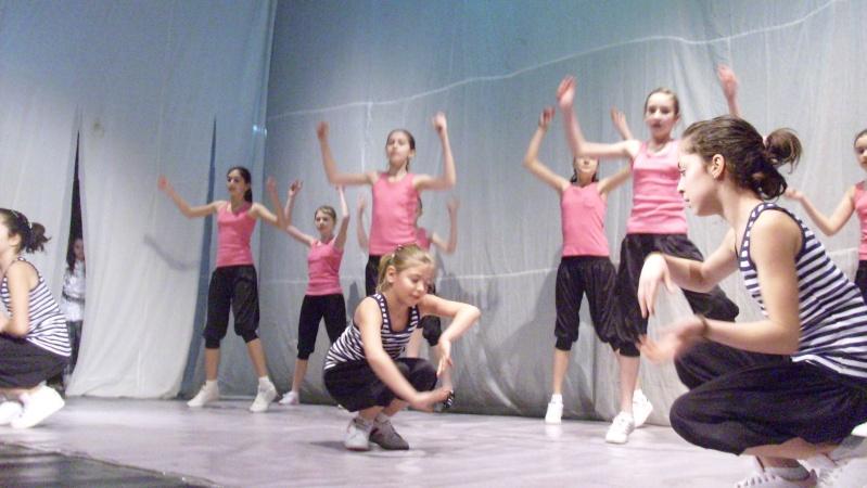 De Florii  28 martie 2010-Varietati la Ateneu Florii37