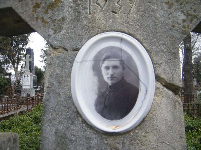"""Baladă pentru chiriaşul grăbit""""–125 de ani de la naşterea poetului G_topa19"""
