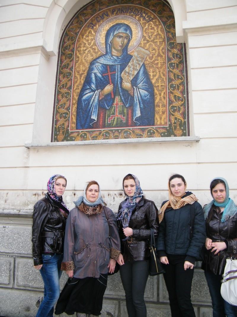 """Intalnire cu membri ai Societatii pentru Cultura Romaneasca """"Mihai Eminescu"""" din regiunea Cernauti si cu alti romani basarabeni Iasi_915"""