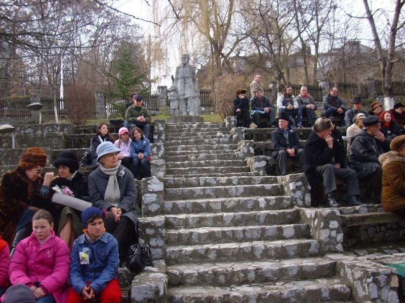 1 martie 2010 la bojdeuca lui Creanga in Ţicău-Iaşi Img_0113