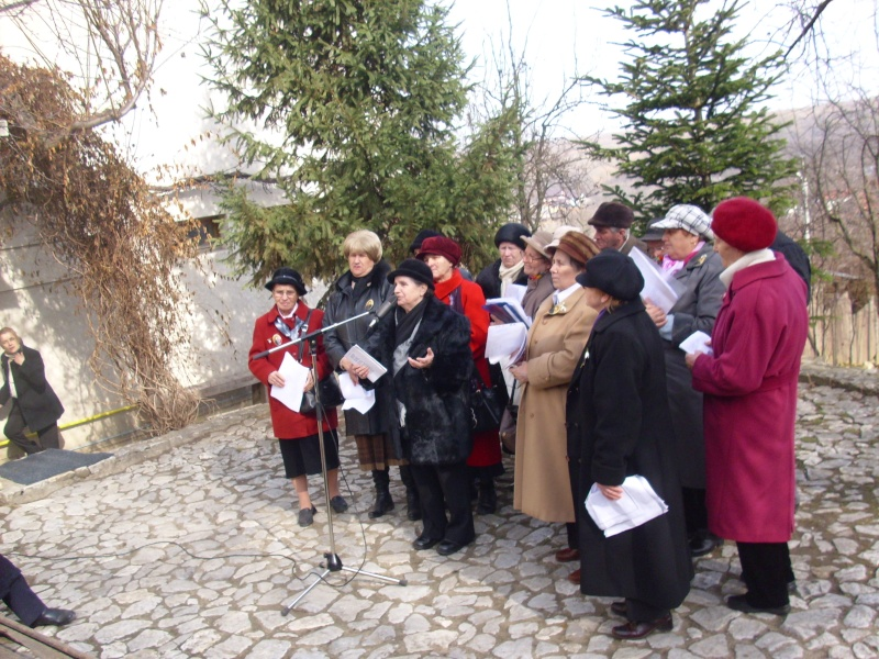 1 martie 2010 la bojdeuca lui Creanga in Ţicău-Iaşi Img_0114