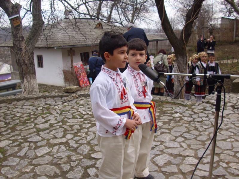 1 martie 2010 la bojdeuca lui Creanga in Ţicău-Iaşi Img_0117