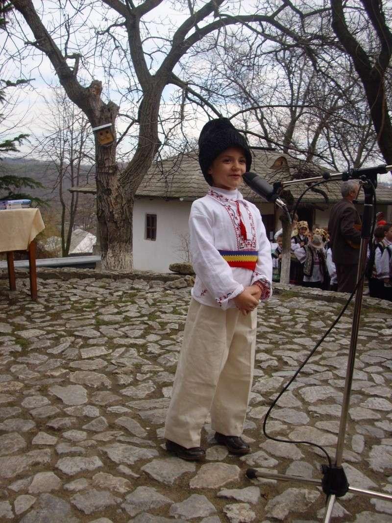 1 martie 2010 la bojdeuca lui Creanga in Ţicău-Iaşi Img_0119