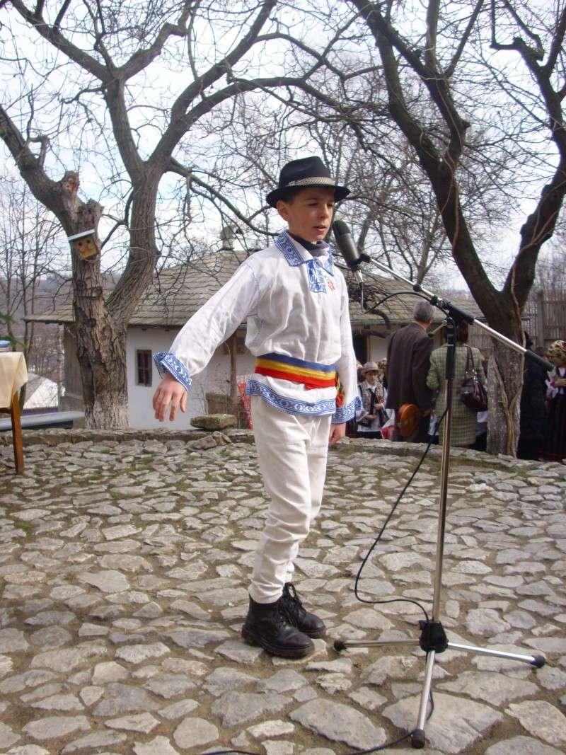 1 martie 2010 la bojdeuca lui Creanga in Ţicău-Iaşi Img_0213
