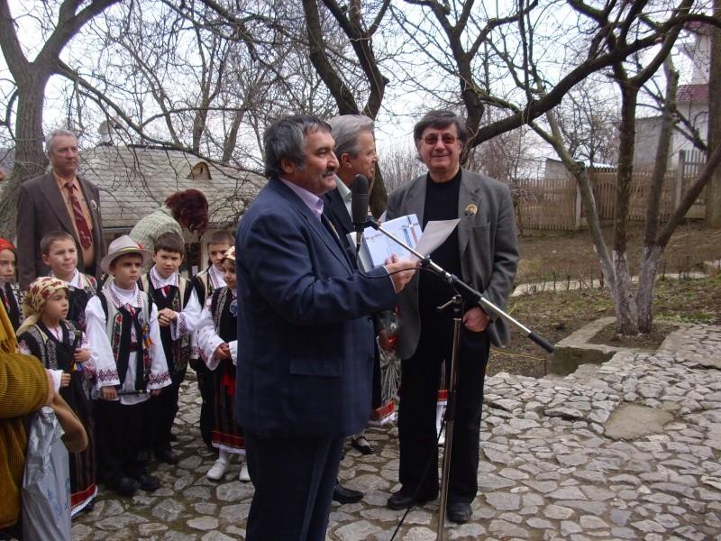 1 martie 2010 la bojdeuca lui Creanga in Ţicău-Iaşi Img_0221
