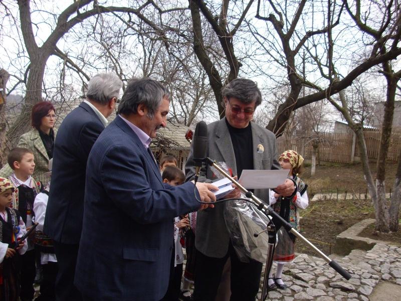 1 martie 2010 la bojdeuca lui Creanga in Ţicău-Iaşi Img_0222