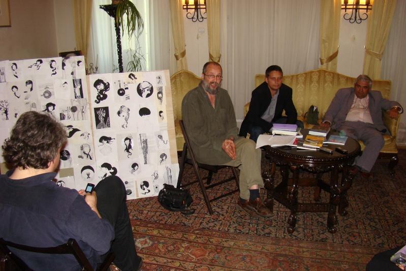 15 MAI 2010-Sedinta a-III-a a Cenaclului U.P-Lansare de carte-Poeme violete-Violetta Petre Poeme_12