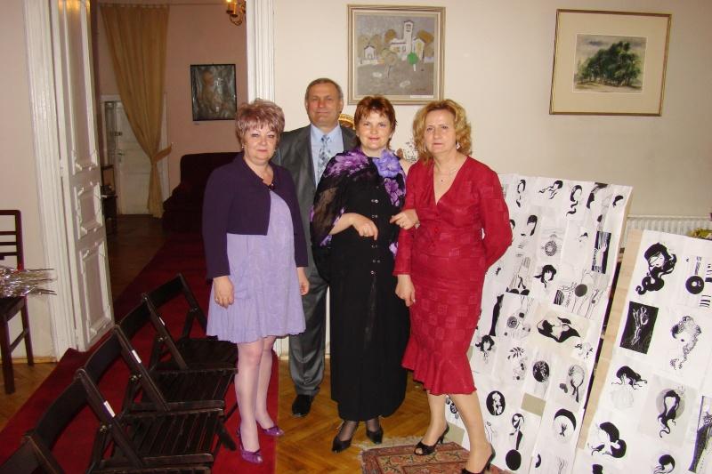 15 MAI 2010-Sedinta a-III-a a Cenaclului U.P-Lansare de carte-Poeme violete-Violetta Petre Poeme_19