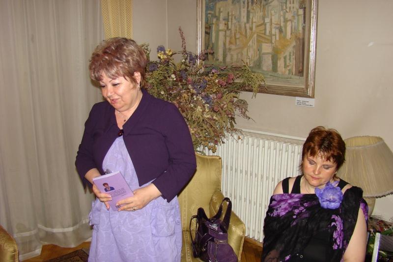 15 MAI 2010-Sedinta a-III-a a Cenaclului U.P-Lansare de carte-Poeme violete-Violetta Petre Poeme_22