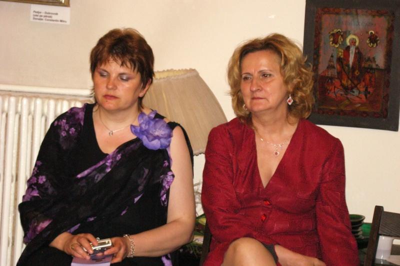 15 MAI 2010-Sedinta a-III-a a Cenaclului U.P-Lansare de carte-Poeme violete-Violetta Petre Poeme_32