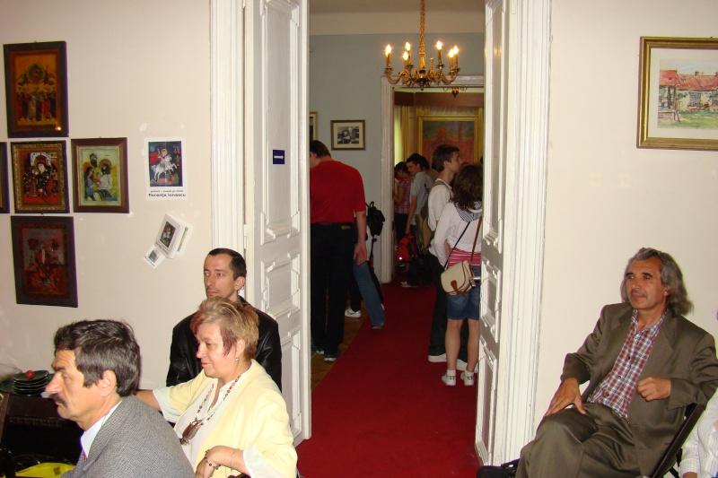 15 MAI 2010-Sedinta a-III-a a Cenaclului U.P-Lansare de carte-Poeme violete-Violetta Petre Poeme_44