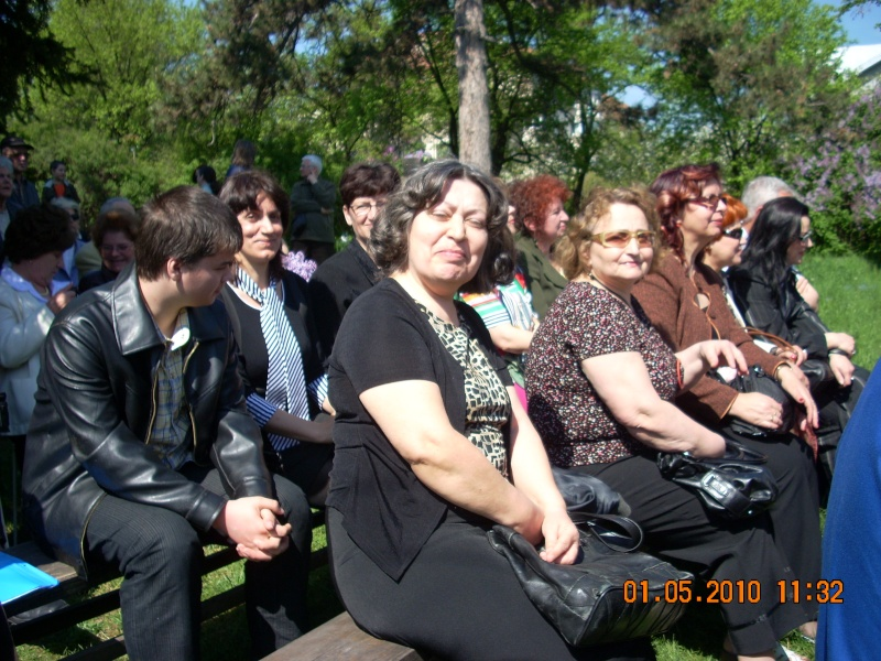 SĂRBĂTOAREA LILIACULUI la IAŞI -01 MAI 2010 Sarbat16