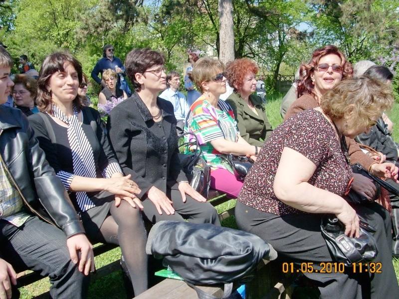 SĂRBĂTOAREA LILIACULUI la IAŞI -01 MAI 2010 Sarbat18