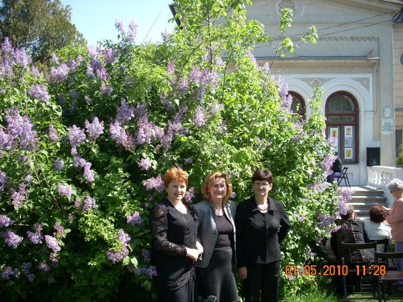 SĂRBĂTOAREA LILIACULUI la IAŞI -01 MAI 2010 Sarbat31