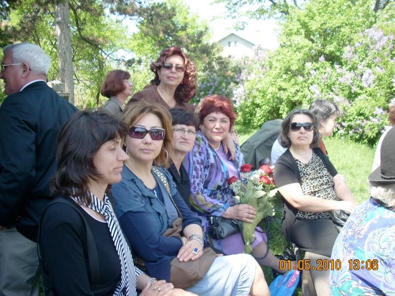 SĂRBĂTOAREA LILIACULUI la IAŞI -01 MAI 2010 Sarbat34