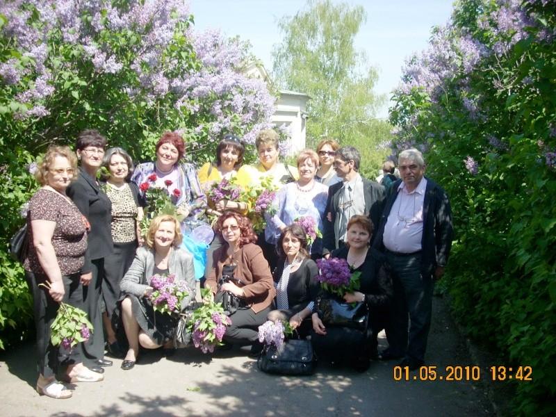 SĂRBĂTOAREA LILIACULUI la IAŞI -01 MAI 2010 Sarbat43