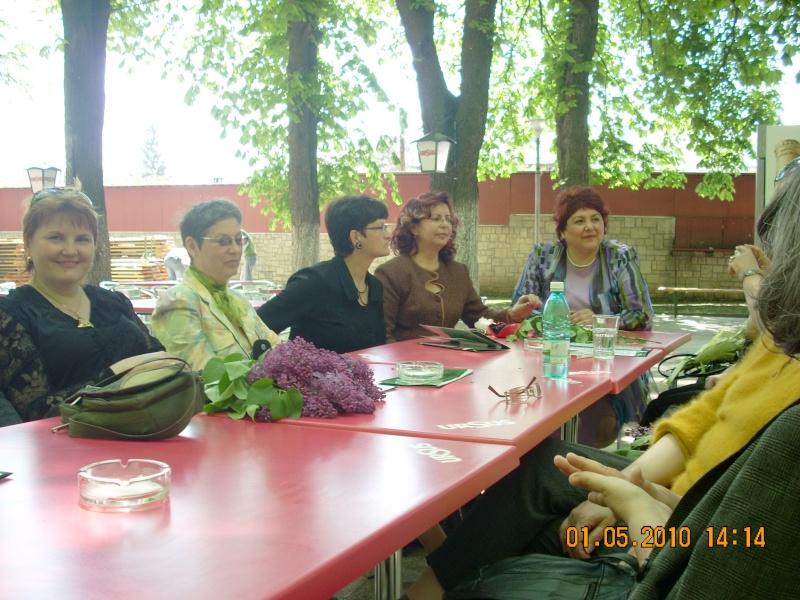 SĂRBĂTOAREA LILIACULUI la IAŞI -01 MAI 2010 Sarbat55