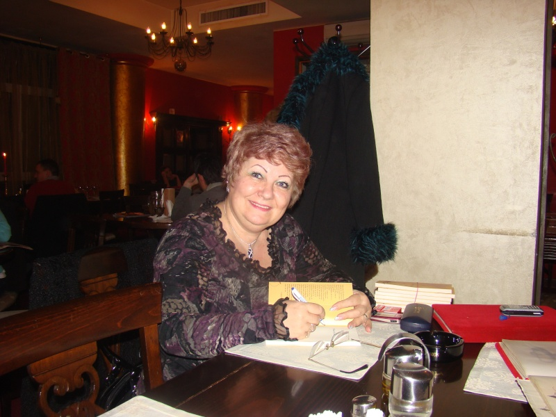 """11 Decembrie 2010- Sedinta a VIII-a a Cenaclului U.P.-Lansare de carte """"Dincolo de cer""""-Violetta Petre Seara_21"""