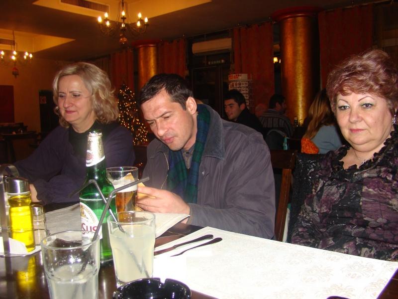 """11 Decembrie 2010- Sedinta a VIII-a a Cenaclului U.P.-Lansare de carte """"Dincolo de cer""""-Violetta Petre Seara_26"""