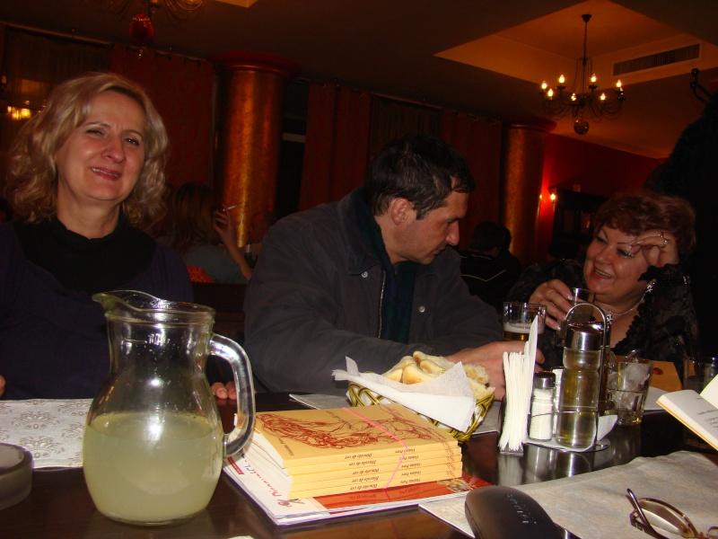 """11 Decembrie 2010- Sedinta a VIII-a a Cenaclului U.P.-Lansare de carte """"Dincolo de cer""""-Violetta Petre Seara_27"""