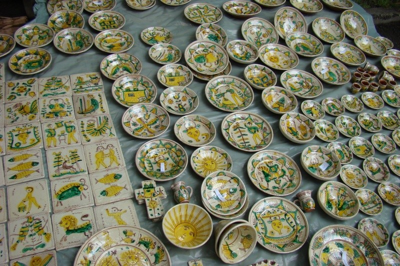 Targul de Arta Ceramica Cucuteni 5000-iunie 2010 Targul10