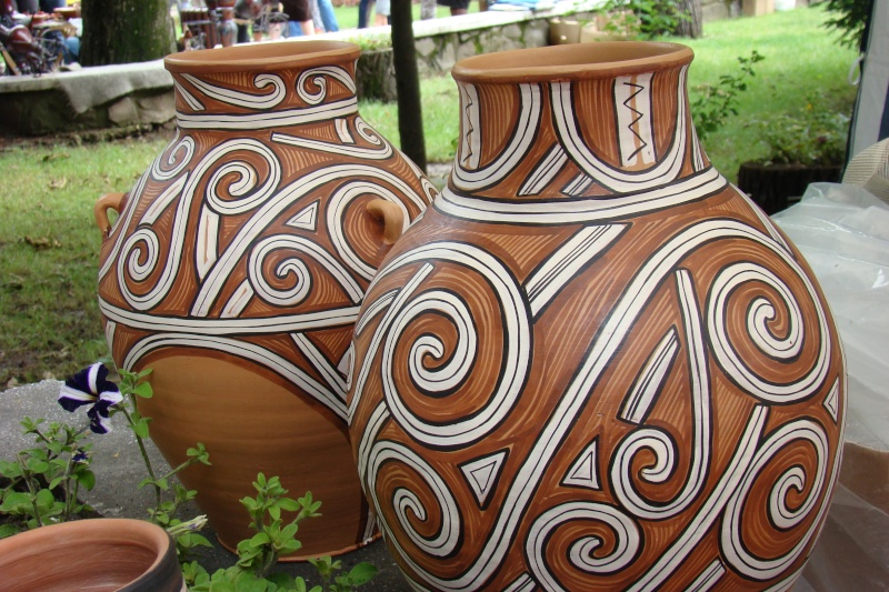 Targul de Arta Ceramica Cucuteni 5000-iunie 2010 Targul15