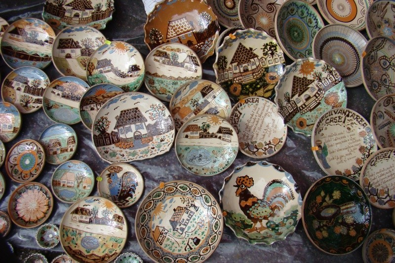 Targul de Arta Ceramica Cucuteni 5000-iunie 2010 Targul19