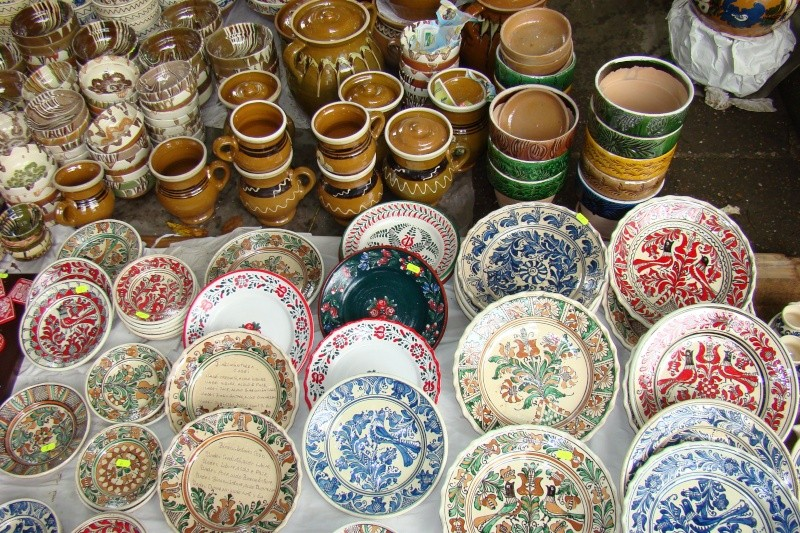 Targul de Arta Ceramica Cucuteni 5000-iunie 2010 Targul30