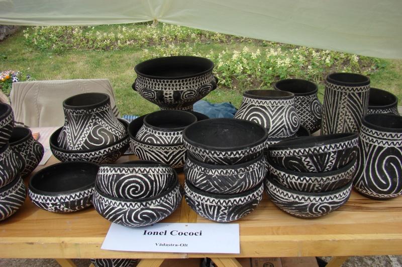 Targul de Arta Ceramica Cucuteni 5000-iunie 2010 Targul31