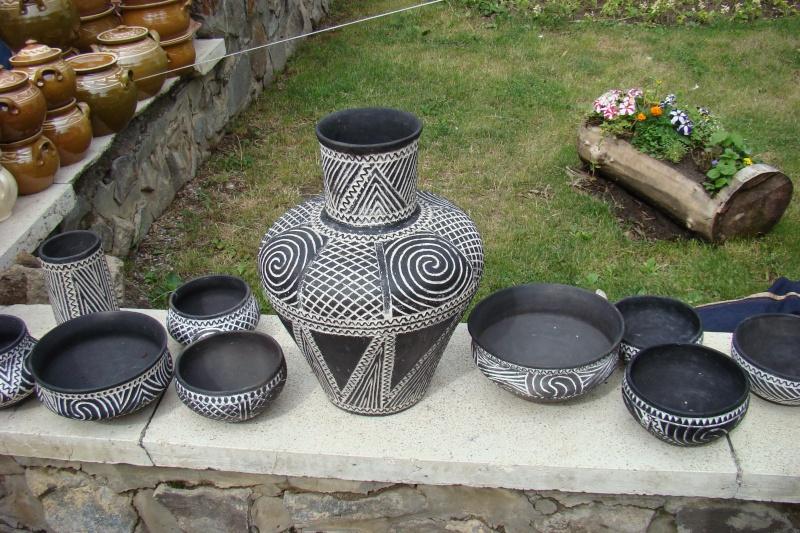 Targul de Arta Ceramica Cucuteni 5000-iunie 2010 Targul32